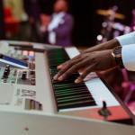 Brug et helt år på at spille musik på en efterskole